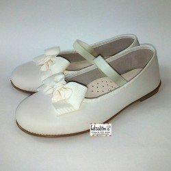 Bailarinas de piel beig lavable con elástico, de Zapy Girls