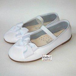 Bailarinas de piel blanca lavable con elástico, de Zapy Girls