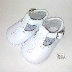 Peuques tipo pepito unisex para bebé de napa blanca, de Tras-Tros