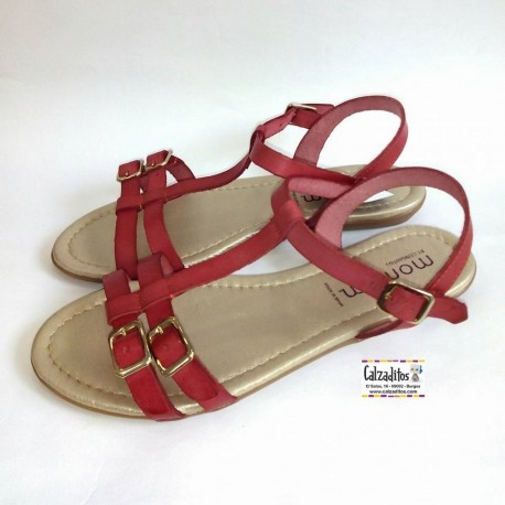 Sandalias de aspecto juvenil en piel de color coral, de Momem by Conguitos