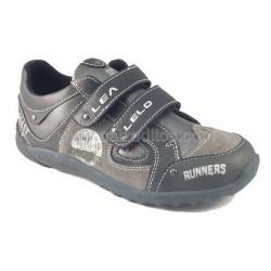 Zapatos-deportivos negros de niño, de Lea Lelo