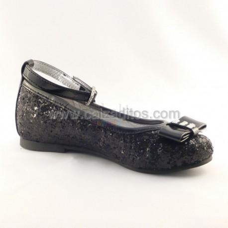 Zapatos negros con brillantes de Lea Lelo
