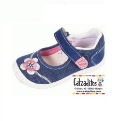 Merceditas de lona vaquera con bordados de flores, de Lonettes Zapy for girls