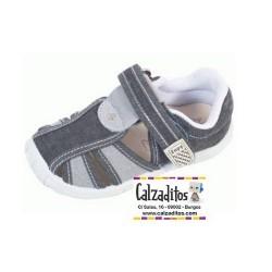 Sandalias de lona en negro y gris acolchadas con velcro, de Lonettes Zapy for kids
