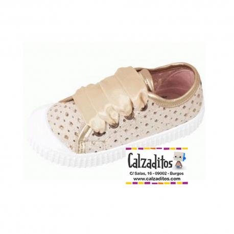 Zapatillas basket platino con perforaciones y brillantina, de Lonettes Zapy