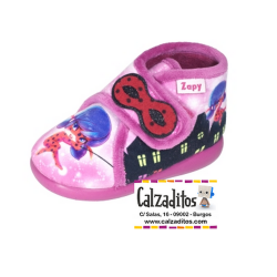 Zapatillas de estar en casa rosas de Ladybug con velcro, de Zapy