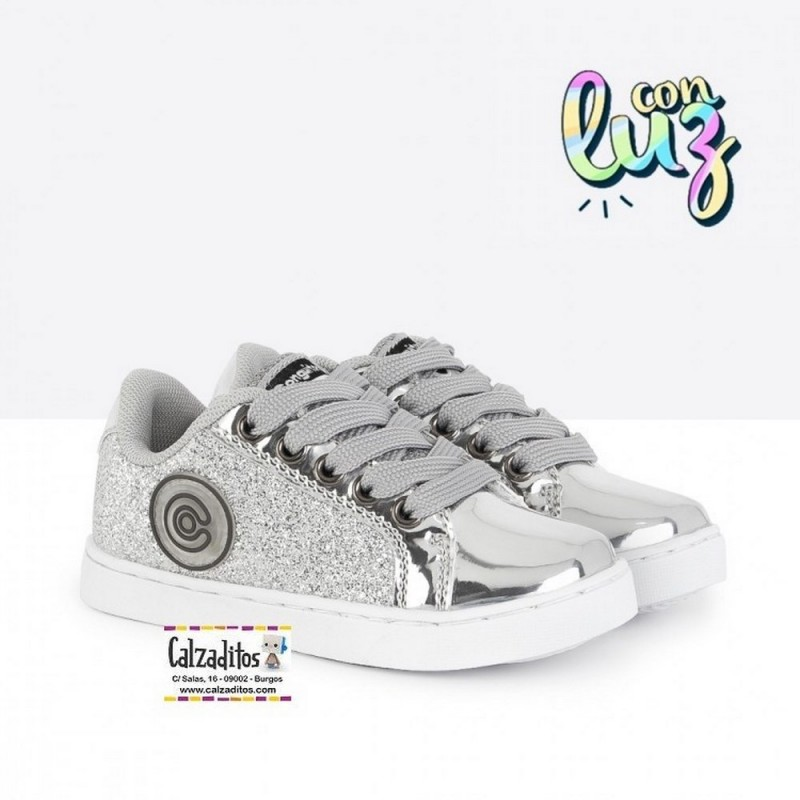 07ca73d37 ... Zapatillas con luces para niña con cordones de Conguitos ...