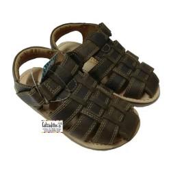 Sandalias para niño tipo romanas de piel de Conguitos