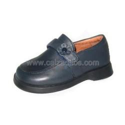 Zapatos colegiales para niña en piel azul marino, de D'bebé