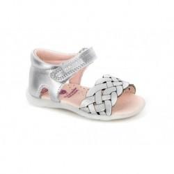 Sandalias para niña en piel con talonera y velcro de Pablosky