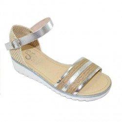 Sandalias para niña en piel y rafia de la marca D'Bebé
