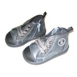 Botas de cordones de color gris, de Zapy