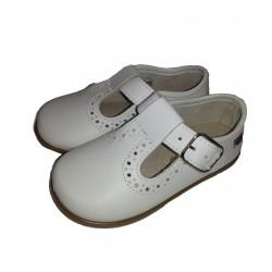 Zapatos para niño en piel de color beige, de Osito by Conguitos