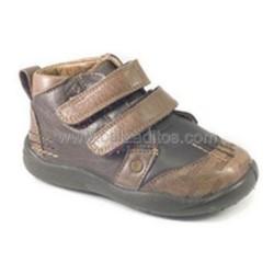 Zapatos marrones de piel para bebé y niño, de Gorila