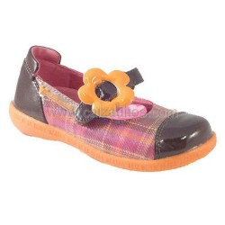 Zapatos tipo escocés de charol de Agatha Ruiz de la Prada