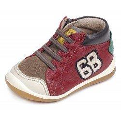 Botines para niño de estilo casual en piel roja y marrón, de Garvalín