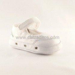 Zapatillas blancas de lona de Springcourt Baby