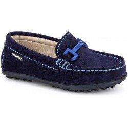 Zapatos mocasín de piel serraje en azul marino, de Pablosky