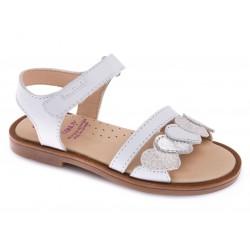 Sandalias para niña con velcro de Pablosky