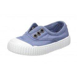 Zapatillas de lona en color azul, de Victoria