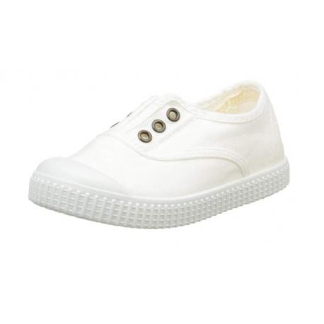 Zapatillas de lona en color blanco, de Victoria
