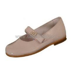 Zapatos de piel en charol arrugado beige, de Andanines