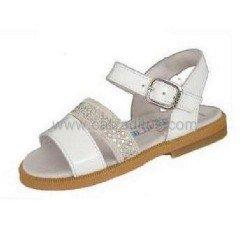 Sandalias acharoladas blancas-beiges de piel para niña, de Andanines