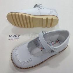 Zapatos de niña blancos de piel, de Andanines