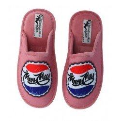 Zapatillas cerradas de estar en casa Mamá Mola, de Zel's