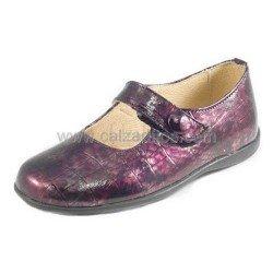 Zapatos de piel burdeos acharolados, de Andanines