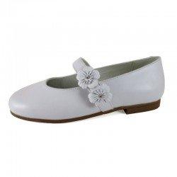 Zapatos de Comunión para niña en piel blanca, de D'Bebé Alta Colección