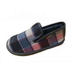 Zapatillas para niño de cuadros de la marca Vulladi