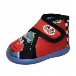 Zapatillas de estar en casa para niño de coche con visera de Zapy
