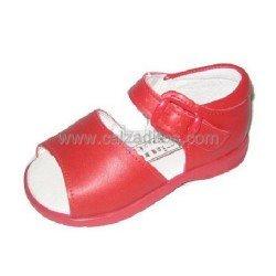 Sandalias de piel rojas, de Adriana Rebato para Chachelines