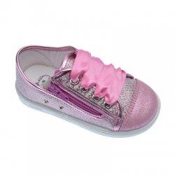 Zapatillas de lona para niña color rosa chicle, de Zapy for kids