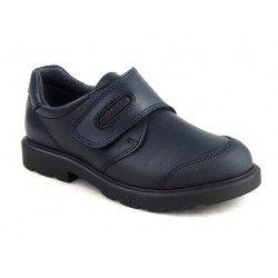 Zapatos colegiales de piel en azul marino para niño, de Pablosky