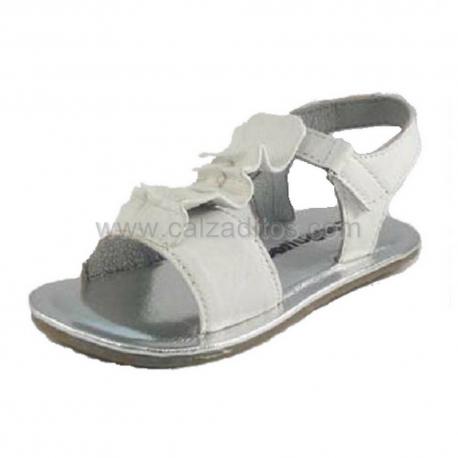 Sandalias de piel blanca, de Conguitos