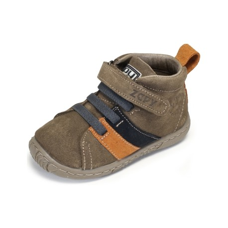Botas para niño en piel serraje con velcro de Zapy
