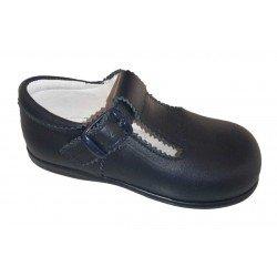 Zapatos (pepitos) de piel blanca, de Chachelines