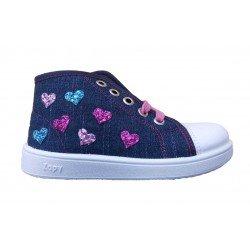 Botas en tejano azul para niña con corazones de glitter, de Zapy