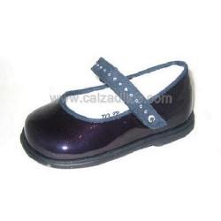 Zapatos de charol y ante azul, de Cucada de Eli
