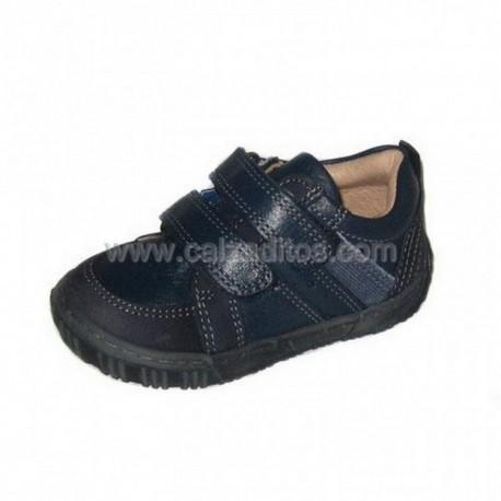 Zapatos de sport en piel azul marino, de Conguitos