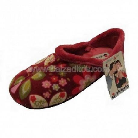 Zapatillas de estar en casa de color burdeos para niña de Victoria