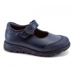 Zapatos colegiales de piel en azul marino para niña, de Pablosky