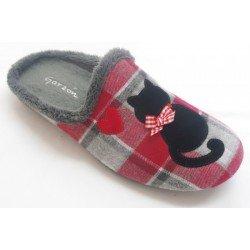 Zapatillas de estar en casa de gatos de la marca Garzón