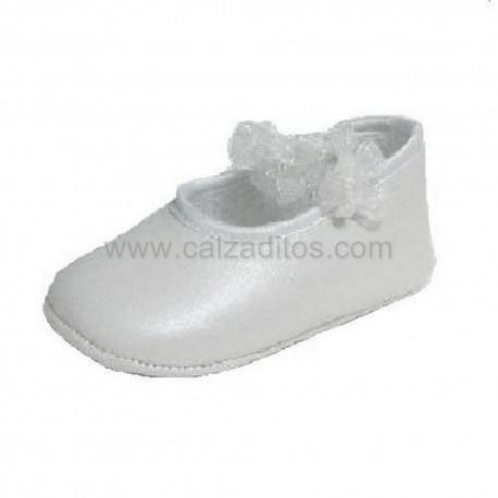 Merceditas para bebé niña en piel blanca anacarada, de Cuquito