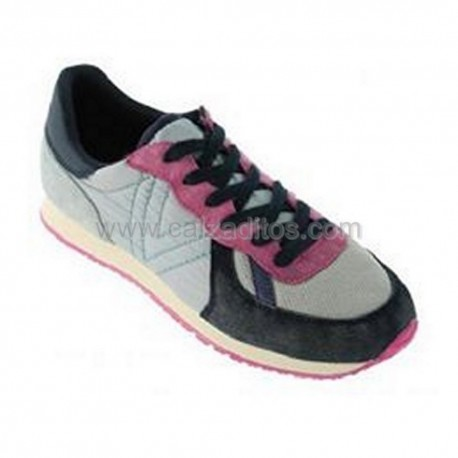 Zapatillas deportivas modelo jogging azul marino, de Victoria