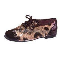 Zapatos de charol de tipo inglesito con cordones, de Tinny Shoes