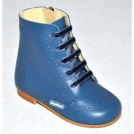 Botas pascualas de piel azul azafata, de Angelitos