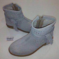 Botas de verano en serraje gris, de Tinny Shoes